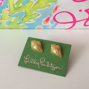 NWT Lilly Pulitzer Shell Gold-Time Earrings